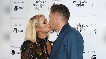 Paris Hilton und ihr Verlobter Carter Reum beim Tribeca Film Festival in New York, 2021. (aha/spot)