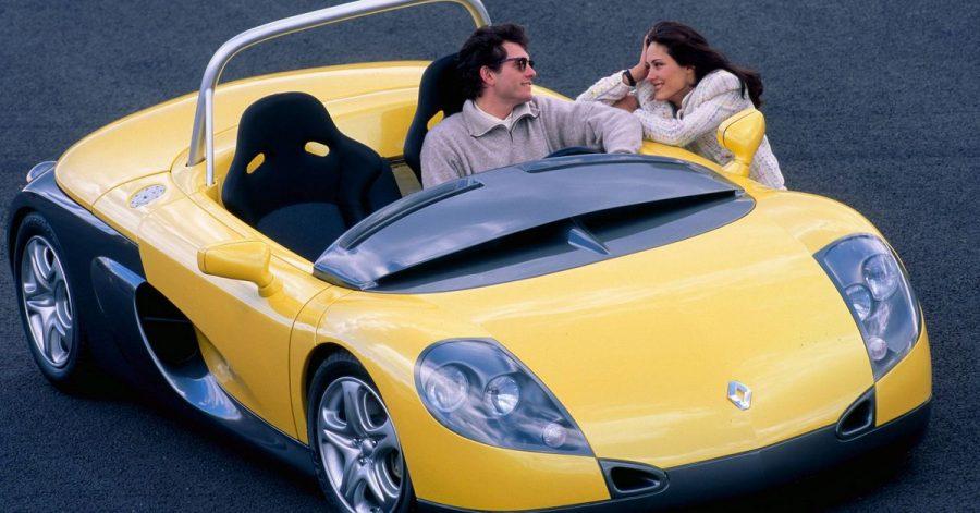 Französische Fahrmaschine: Mit Motor, vier Rädern und sonst nicht mehr ganz viel lädt Renault mit dem Spider zum puren Autospaß ein.