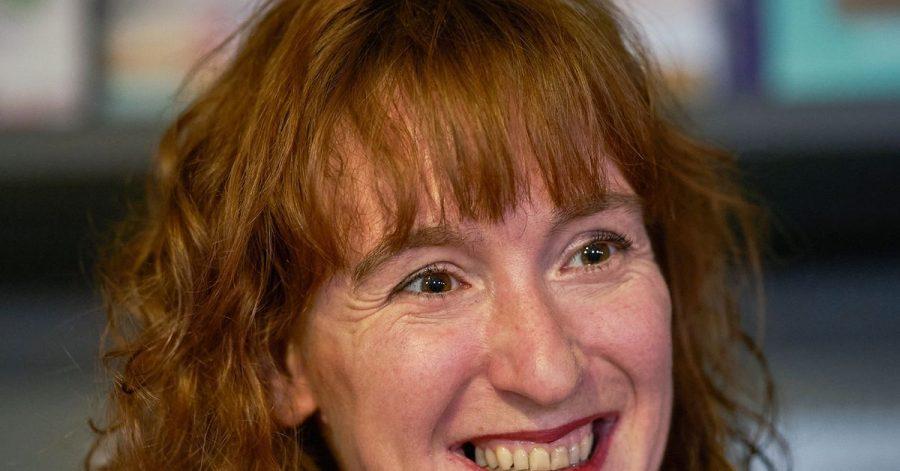 Die Schriftstellerin Nora Bossong.