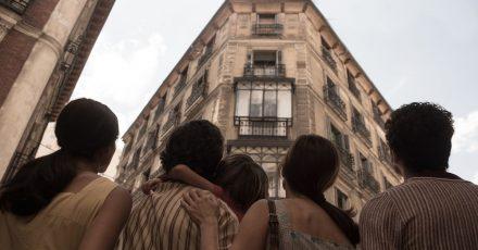 Was ist los im Haus an der Malasaña 32 in Madrid?