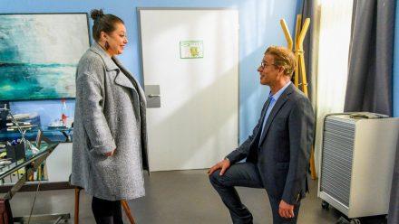 """""""Alles was zählt"""": Christoph überrascht Vanessa mit einem zweiten Heiratsantrag. (cg/spot)"""