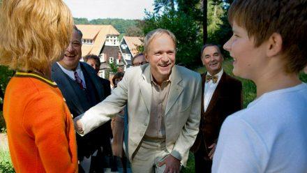 """""""Die Auserwählten"""": Simon Pistorius (Ulrich Tukur, M.) leitet die Odenwaldschule (cg/spot)"""