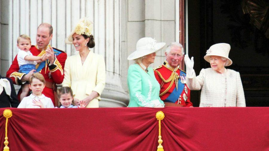 """Die Queen (r.) mit weiteren Mitgliedern der königlichen Familie bei der """"Trooping the Colour""""-Parade im Jahr 2019 (wue/spot)"""
