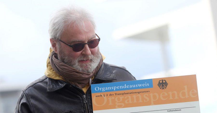 Der Berliner Notarzt Wolfgang Wachs lebt mit einer transplantierten Lunge.
