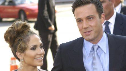 """Jennifer Lopez und Ben Affleck bei der Premiere ihres Films """"Liebe mit Risiko - Gigli"""" in Los Angeles, 2003. (aha/spot)"""