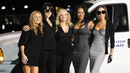 Für den guten Zweck tat sich Victoria Beckham mit ihren Spice-Girls-Kolleginnen zusammen. (jru/spot)