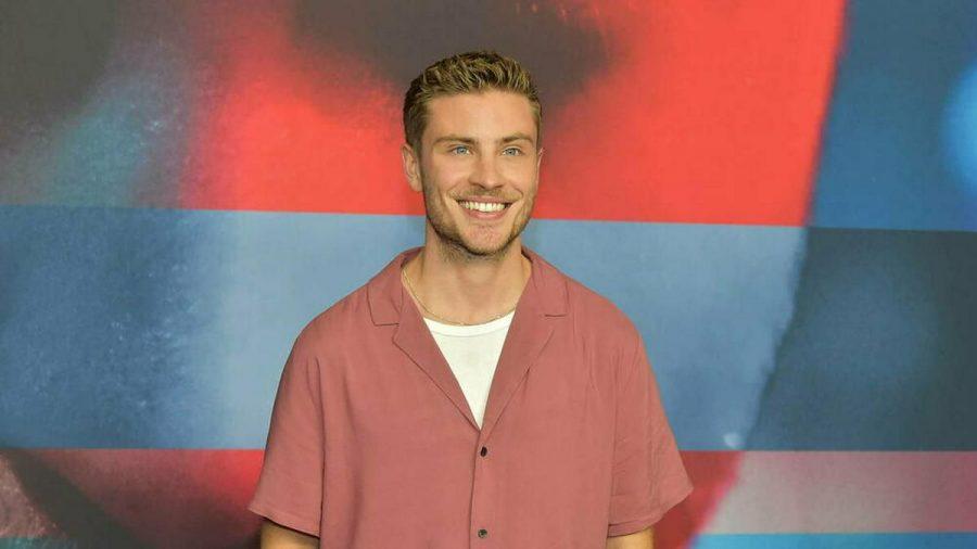 """Jannik Schuemann bei der TV-Filmpremiere zu """"9 Tage wach"""" (hub/spot)"""
