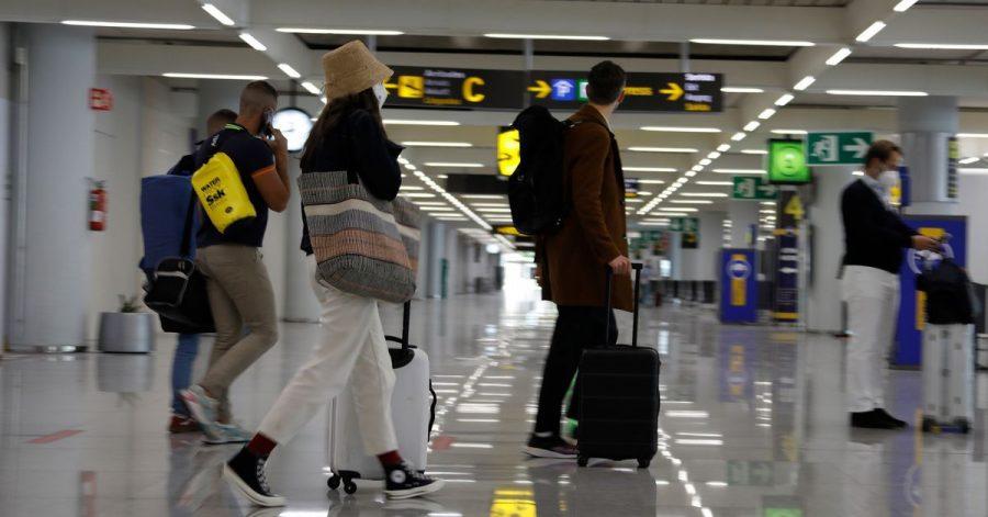Vollständig Geimpfte dürfen ohne Corona-Beschränkungen nach Spanien einreisen.