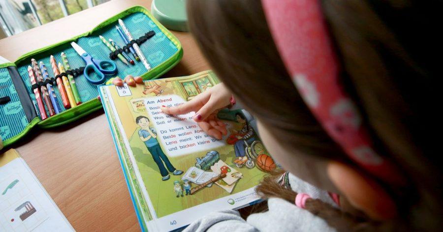 Kinder aus Familien mit geringem Einkommen sollen im August einen «Freizeitbonus» bekommen.
