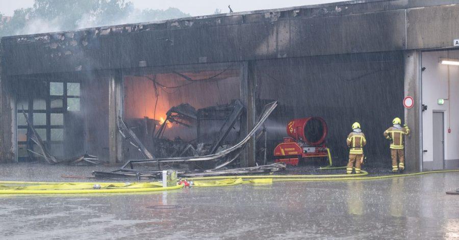 Fünf Elektrobusse, zwei Hybridbusse, ein Dieselbus und ein Reisebus fallen in Hannover denFlammen zumOpfer.