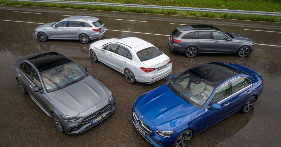 Alle auf einmal: Mercedes bringt aktuell seine neue C-Klasse zeitgleich als Stufenheck und als T-Modell (Kombi) heraus.
