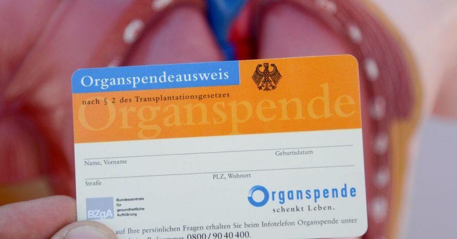 Laut einer Umfrage könnten sich 39 Prozent der Bürger vorstellen, ihre Bereitschaft zur Organspende digital registrieren zu lassen.