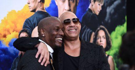 """Hollywood-Schauspieler Tyrese Gibson und Vin Diesel bei der Premiere des Films """"F9: Fast & Furious 9"""" im TCL Chinese Theatre in Los Angeles."""