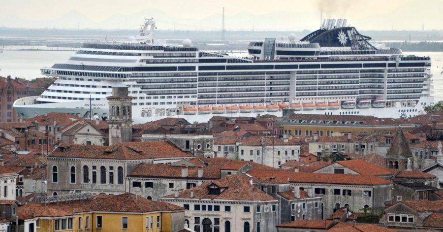 Mehr Schiff als Altstadt: Die Unesco sieht in Venedig einen Verlust an historischer Authentizität.
