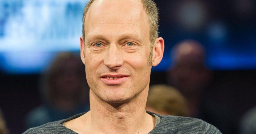 JoachimMeyerhoff steht in Berlin als Vernon Subutex auf der Bühne.