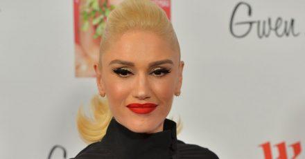Die US-Sängerin und Schauspielern Gwen Stefani  freut sich offensichtlich auf eine baldige Hochzeit. Die 51-jährige frühere No-Doubt-Frontfrau(«Don't Speak») postete auf Instagram ein Foto von sich mit einem Geschenkkarton.