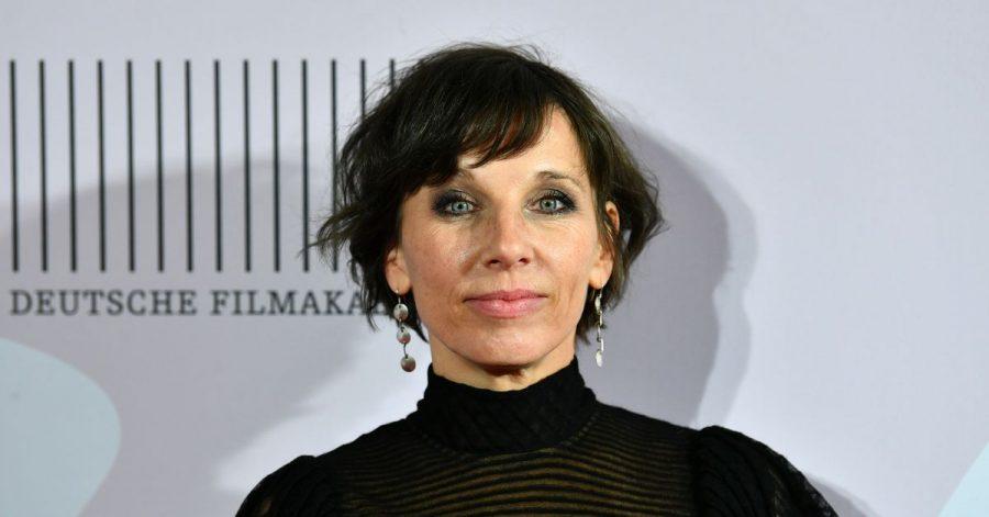 Die Schauspielerin Meret Becker will besser als vorher aus der Krise rausgehen.
