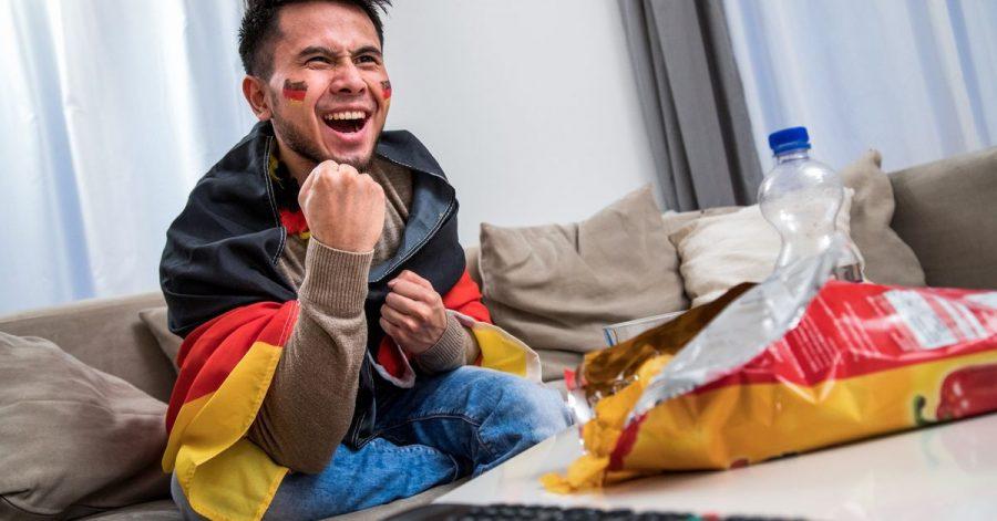 Bei vielen Fans dreht sich zu Turnieren wie der EM wochenlang alles nur um eines: Fußball.