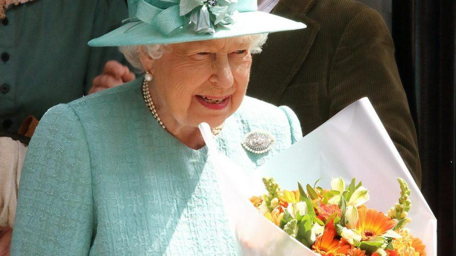 Die Queen wird auch dieses Jahr mit einer Militärparade geehrt (hub/spot)