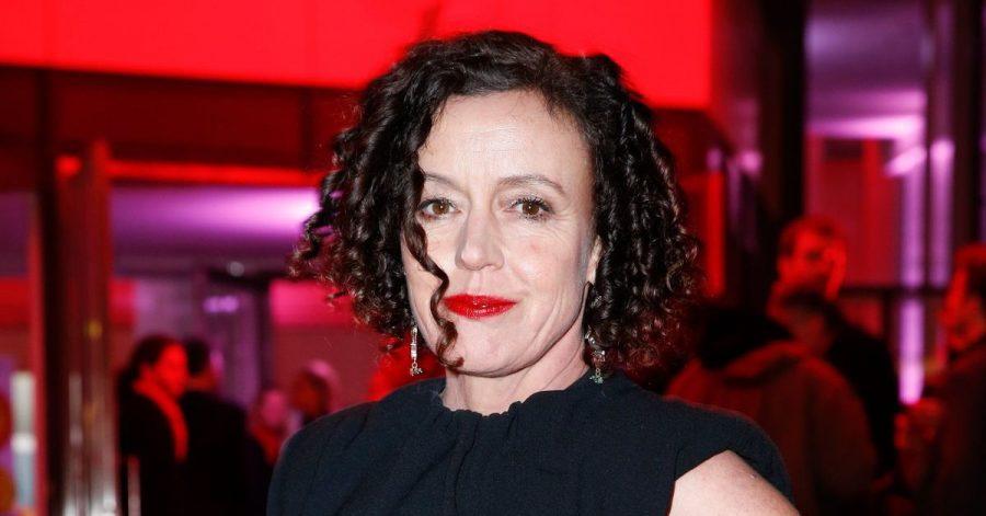 Maria Schrader soll für Universal Pictures einen Film über den Weinstein-Skandal drehen.