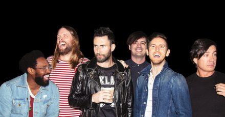 Maroon 5 haben sich viele prominente Gaststars eingeladen.