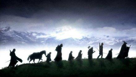 """20 Jahre ist es nun schon her, dass Frodo in """"Herr der Ringe: Die Gefährten"""" auf der Leinwand in Richtung Mordor reiste. (stk/spot)"""