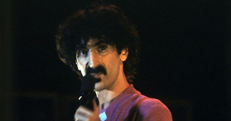 Frank Zappa bei einem Konzert in der Olympiahalle München.