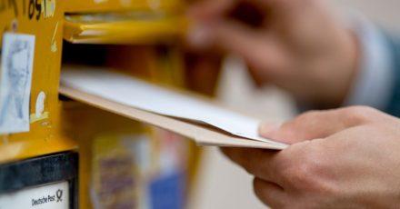 Mag nicht jeder, ist aber auch gültig:Die Kündigung von online abgeschlossenen Verträgen per Brief.