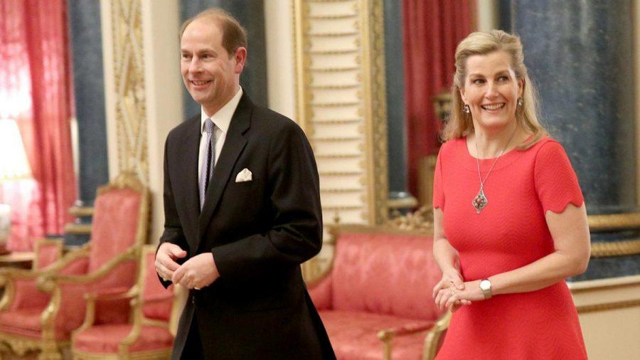 Prinz Edward und seine Frau Sophie bei einem Auftritt in London (hub/spot)