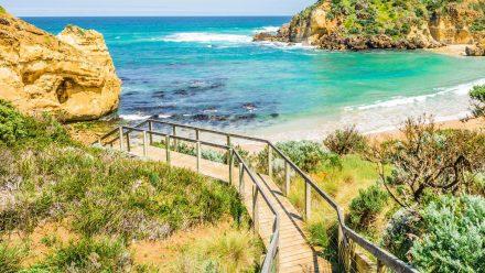 Auf dem Great Ocean Walk können Urlauber in die australische Natur eintauchen. (amw/spot)