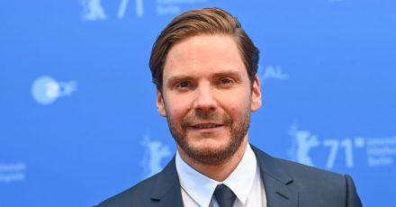 Daniel Brühl hat auf der Berlinale sein Regiedebüt gezeigt.