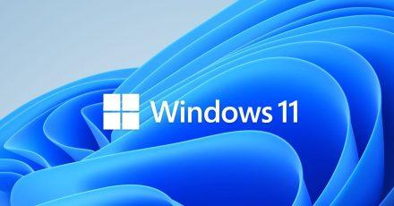 Das Windows 11-Logo mit blauem Hintergrund.