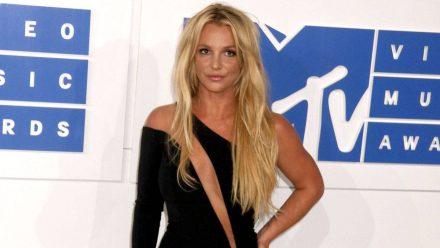 Britney Spears hat in einer Anhörung darüber gesprochen, wie sehr unter der Vormundschaft durch ihren Vater leidet. (mia/spot)