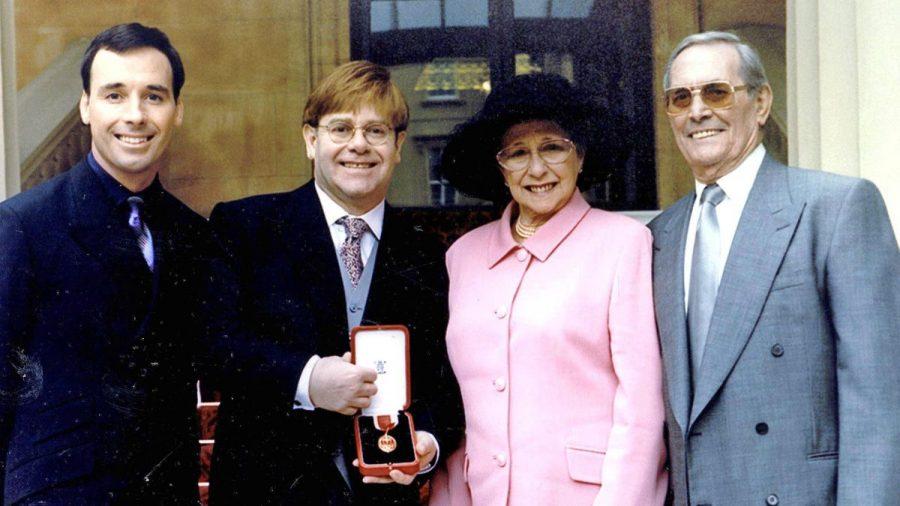 Elton John: Seine Mutti war nicht begeistert von seiner Heirat