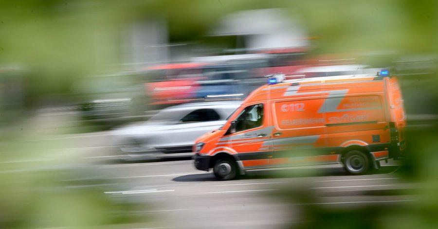 Es ist Ernst: Befinden sich Rettungswagen und Co. mit Blaulicht und Sirene im Einsatzmodus, geht es nicht selten um Leben und Tod.