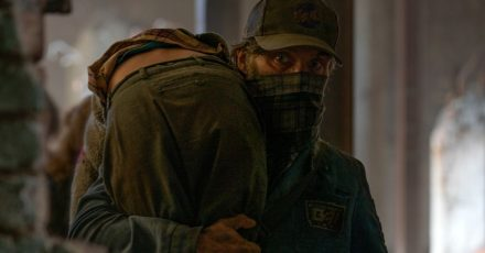 "Cillian Murphy als Emmett in einer Szene des Films ""A Quiet Place 2"" (undatierte Filmszene)."