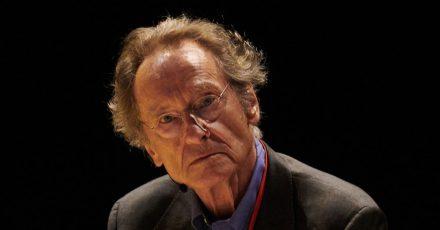 Bernhard Schlink baut in seinem Drama «20. Juli» ein brisantes politisches Szenario auf.