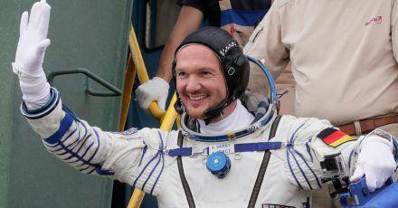 Der deutsche Astronaut Alexander Gerst 2018 vor dem Abflug zur Raumstation ISS.