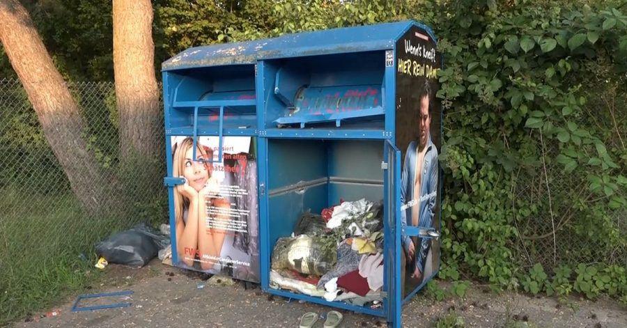 Eine 25 Jahre alte Frau ist in einem der Container gestorben.