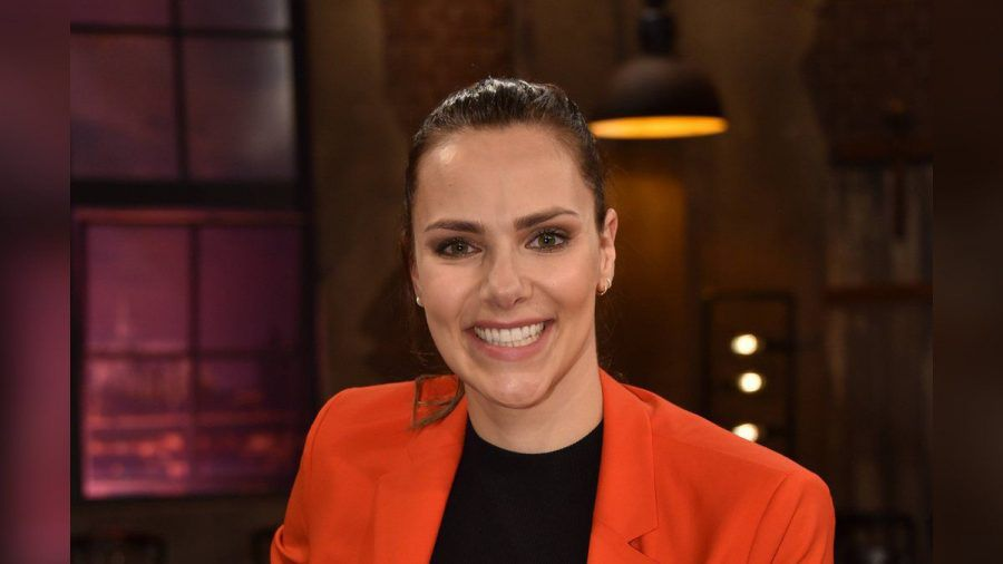 Esther Sedlaczek bei einem TV-Auftritt. (hub/spot)