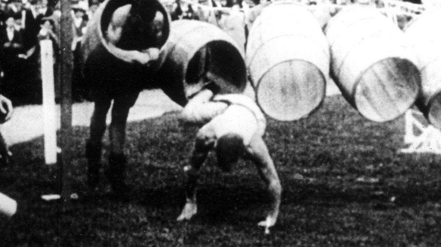 Tonnenspringen war zu Beginn des 20. Jahrhunderts eine olympische Disziplin. (kms/spot)