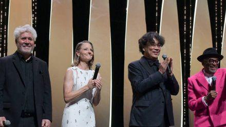 Das Filmfestival in Cannes ist eröffnet (v.l.): Pedro Almodóvar, Jodie Foster, Bong Joon-ho und Spike Lee. (ili/spot)