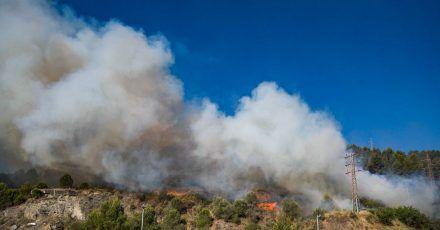 Ein Waldbrand wütet im Nordosten Spaniens.