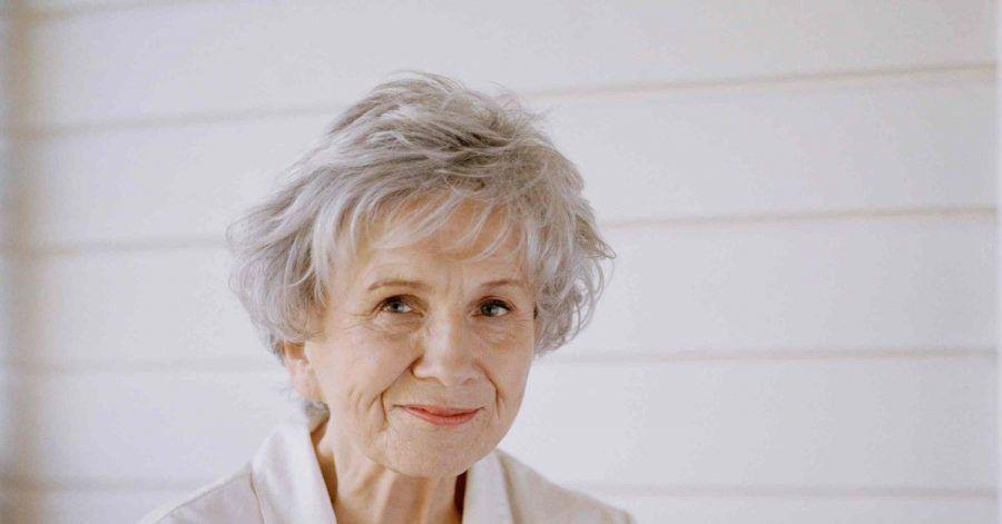 Die kanadische Literaturnobelpreisträgerin Alice Munro  feiert ihren 90. Geburtstag.