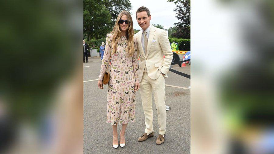Eddie Redmayne und Frau Hannah gaben in Wimbledon ein stylisches Paar ab. (jom/spot)