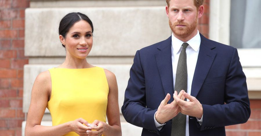 Prinz Harry von Großbritannien und seine Frau Herzogin Meghan während eines Empfangs.