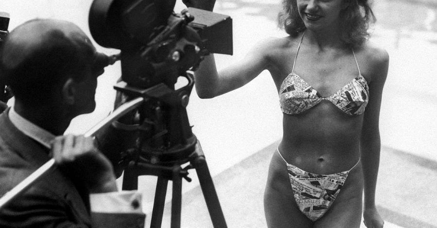 Micheline Bernardini präsentierte am 5. Juli 1946 in einem Schwimmbad in Paris den ersten Bikini.
