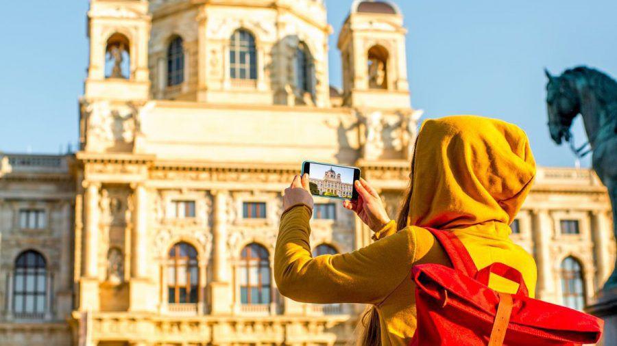 In Österreich können Touristen größtenteils ohne Maske die Städte erkunden.  (amw/spot)