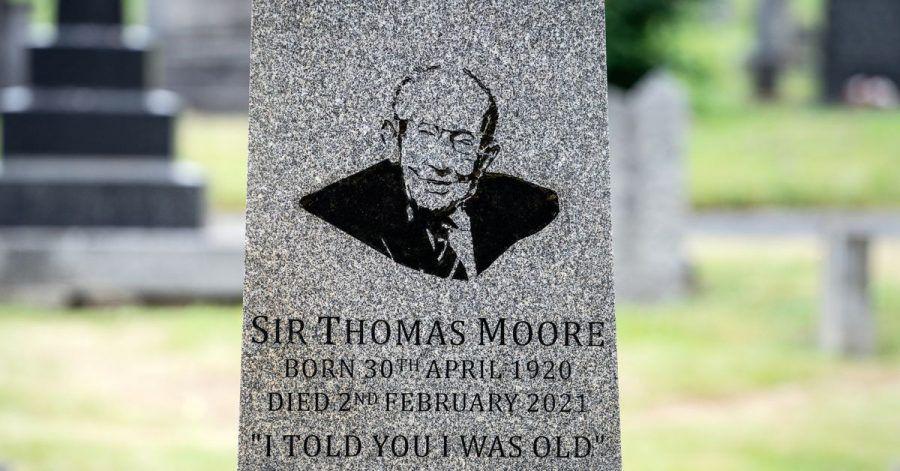 Das Grab von Sir Thomas Moore mit seinem Zitat:«Ich sagte ja, dass ich alt bin.»
