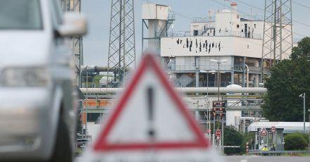Im Leverkusener Chempark hatte es eine Explosion mit mehreren Toten gegeben.
